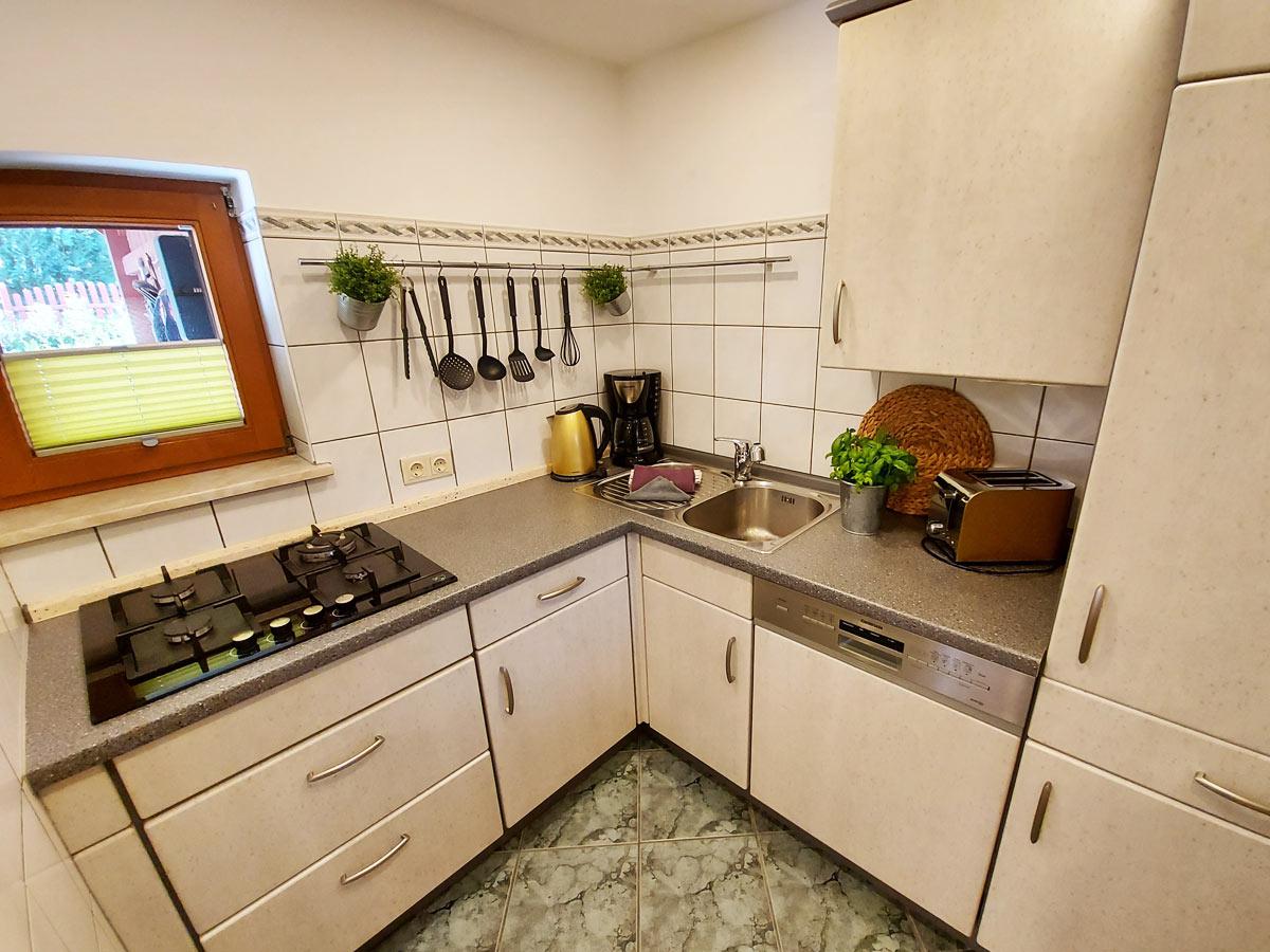 Ferienhaus Bergsteigerhütte - Küche mit Gasherd