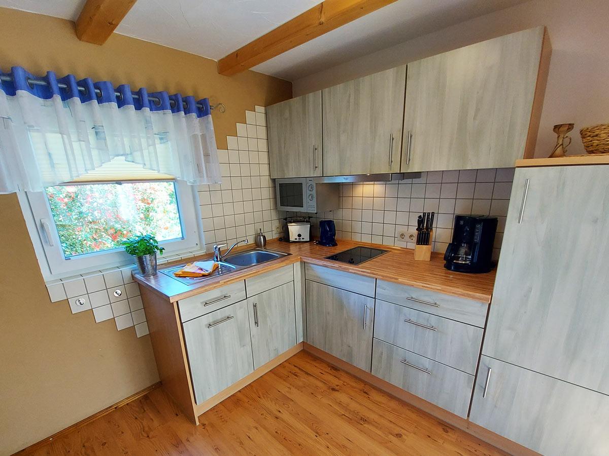 Ferienhaus Dorfbachklamm - Küche mit Ceranfeld