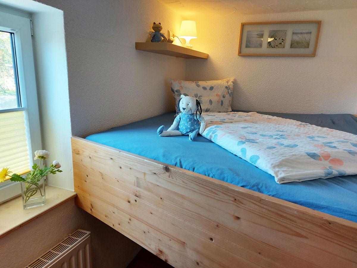 Ferienhaus Schrammsteinblick - Ferienwohnung1 - Schlafzimmer2 mit Bett