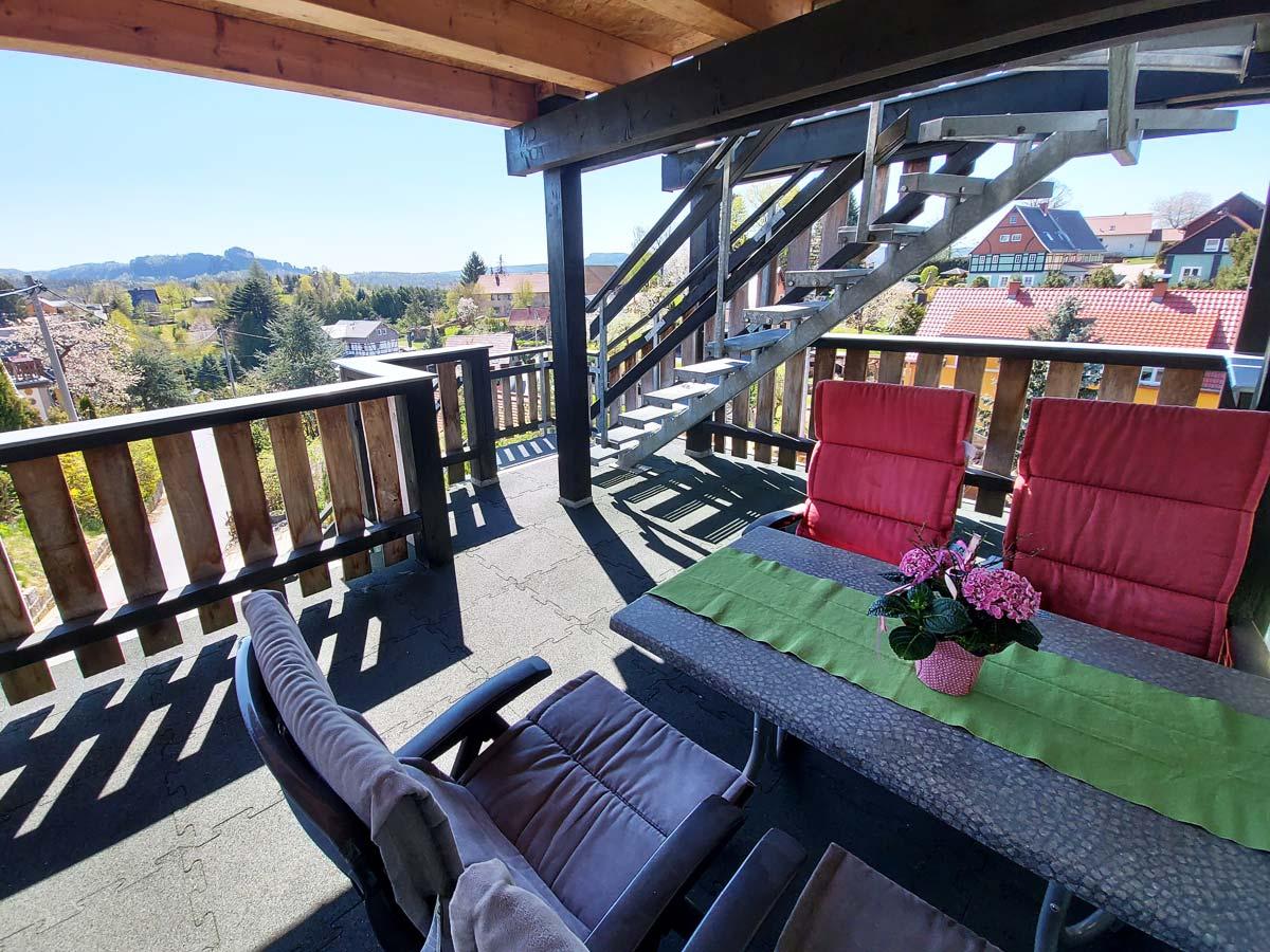 Ferienhaus Schrammsteinblick - Ferienwohnung2 mit Balkon