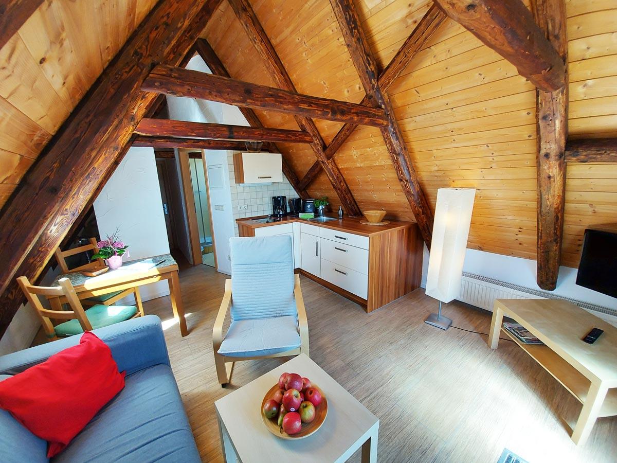 Ferienhaus Schrammsteinblick - Ferienwohnung3 - Küche mit Essbereich